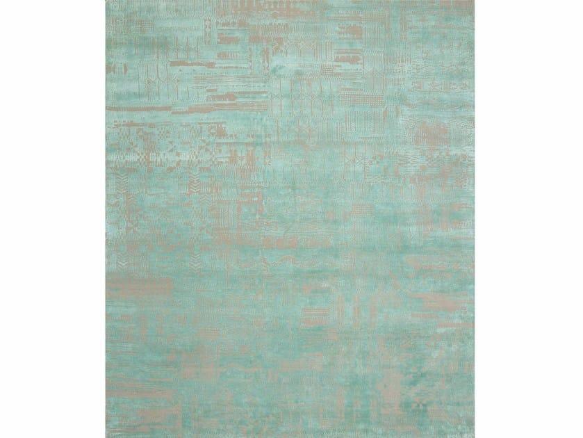 Handmade rug PACHCHAI QM-716Medium Ivory/Fresh Lichen by Jaipur Rugs