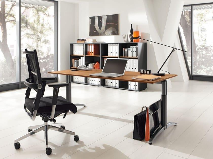 Height-adjustable workstation desk PALMEGA | Workstation desk by PALMBERG