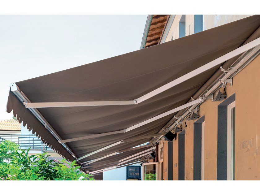 Folding arm awning without headbox PANAMA by Frigerio Living
