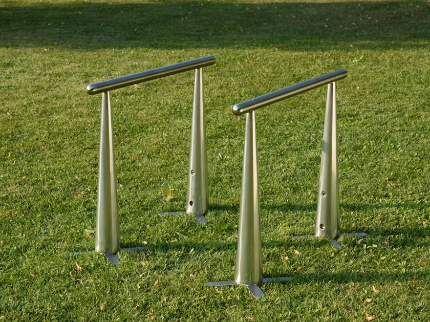 Fitness machine PARALLETTES by MyEquilibria
