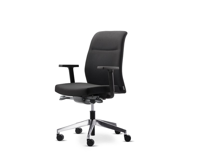 Task chair with 5-Spoke base with armrests with casters PARO_24/7 | Task chair by Wiesner-Hager