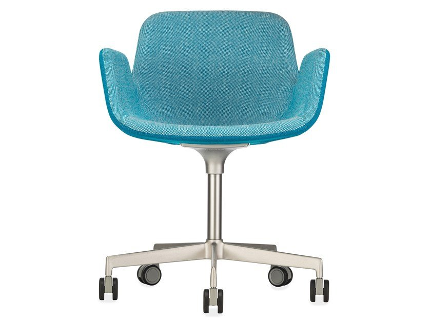 Fabric task chair with 5-Spoke base with castors PASS | Task chair with 5-Spoke base by Lapalma