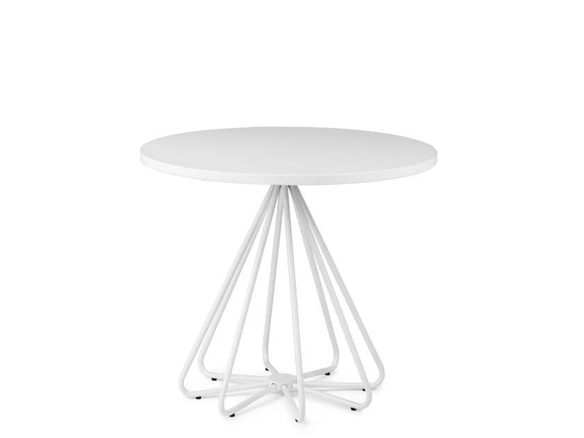 Round metal coffee table PEPE | Coffee table by Mara