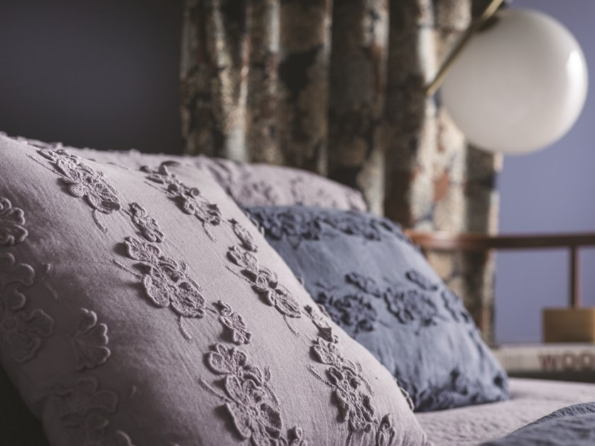 Embroidered linen pillow case PETALI | Pillow case by LA FABBRICA DEL LINO