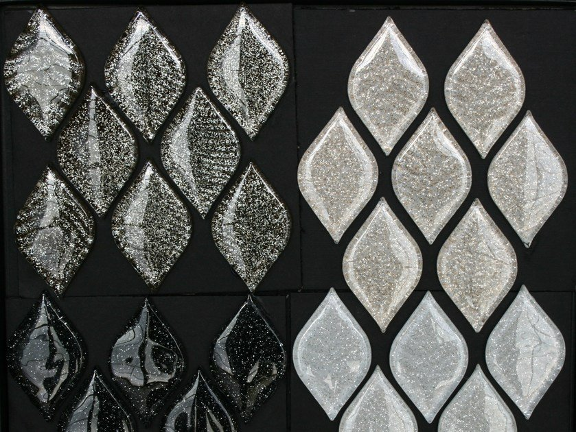 Glass mosaic PETALI by VETROVIVO