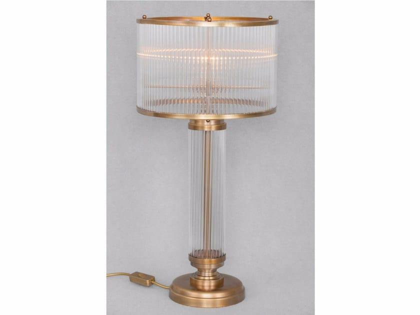 Lampada da tavolo a luce diretta fatta a mano in ottone PETITOT II | Lampada da tavolo by Patinas Lighting