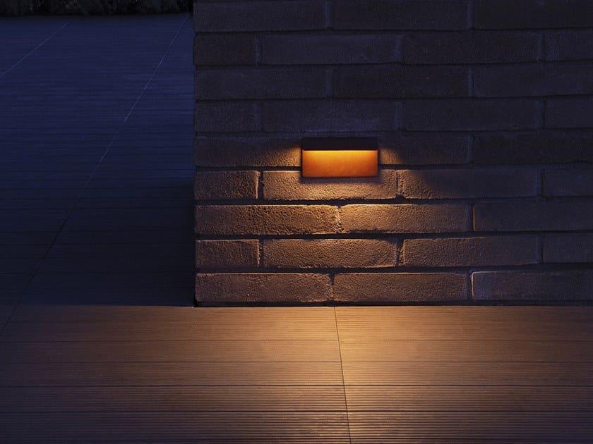 Segnapasso a LED a parete in alluminio per esterni PIEGA 140 IP67 by DGA