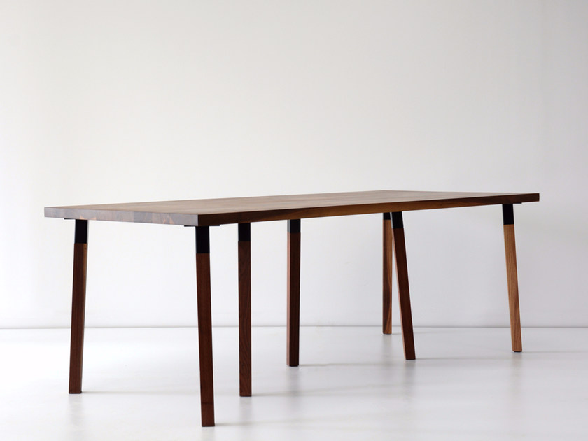 Rectangular solid wood dining table PIER by hollis+morris