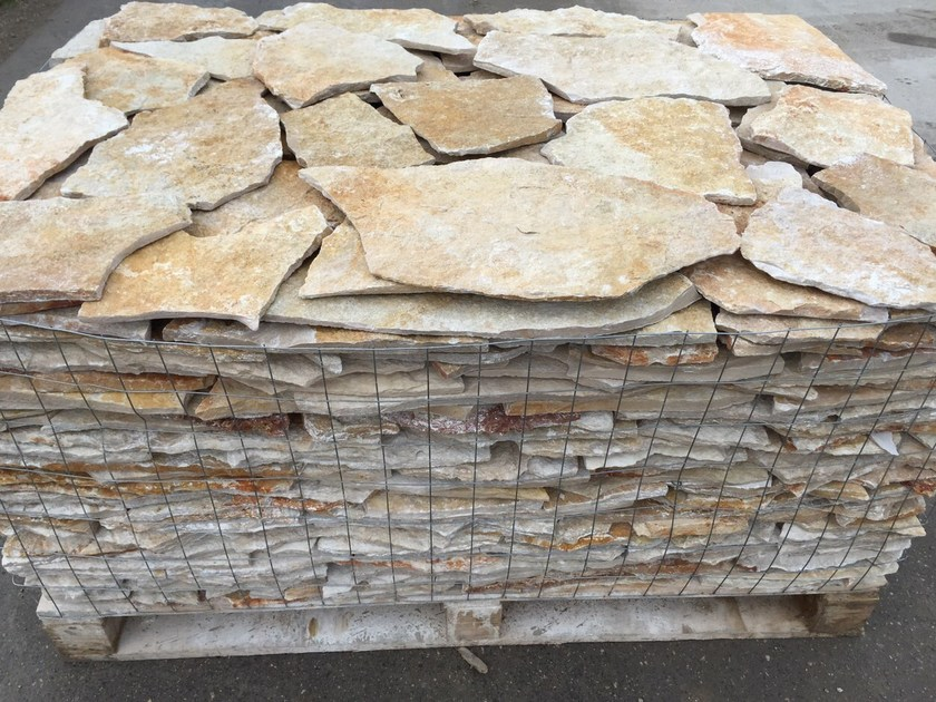 Pavimento In Pietra Di Trani : Pavimento per esterni in pietra di trani pietra trani collezione
