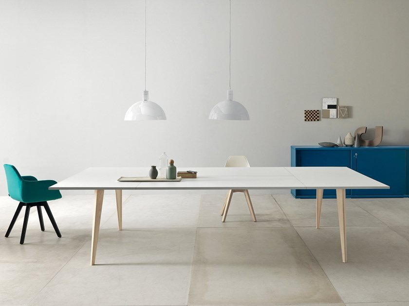 Rectangular meeting table PIGRECO | Wooden meeting table by Martex