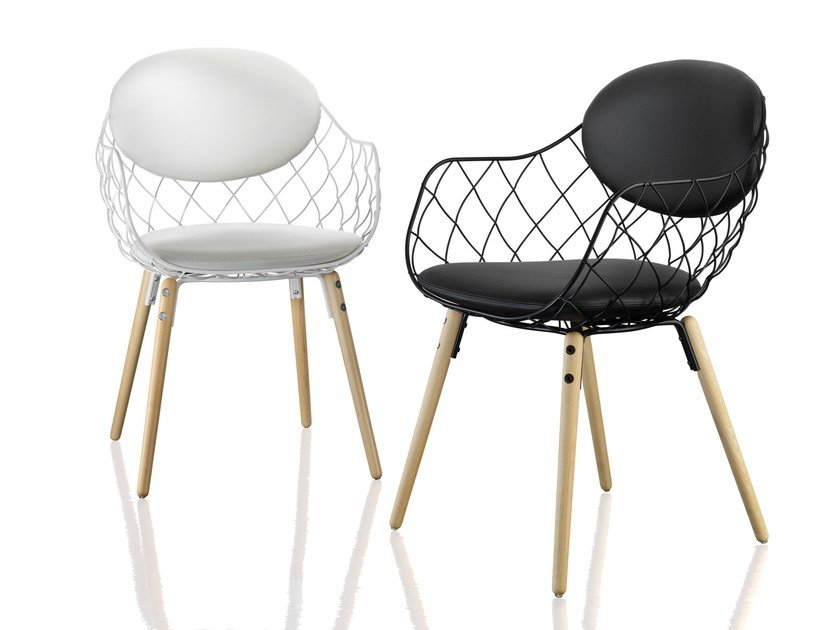 Steel and wood chair with armrests PIÑA | Chair with armrests by Magis