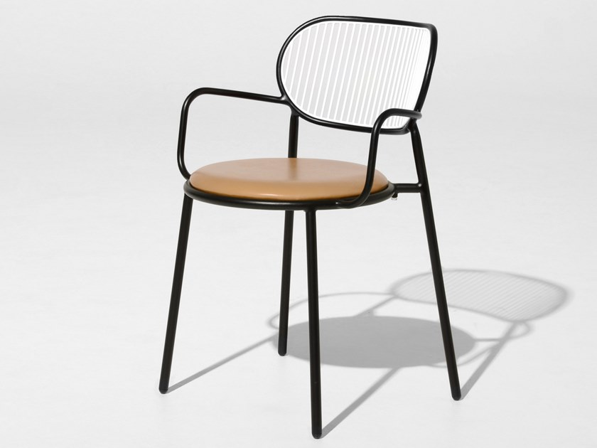 Chair with integrated cushion PIPER | Chair with integrated cushion by DesignByThem