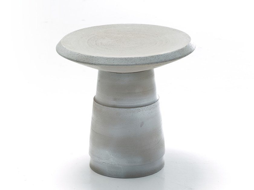 Round ceramic coffee table PISTON by Moroso