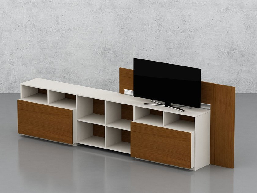Modular wood veneer office storage unit PIU MENO | Office storage unit by Tuna Ofis