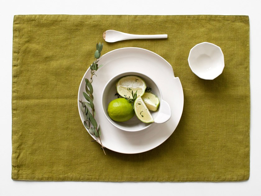 Rectangular washed linen placemat MOSS GREEN | Placemat by Linen Tales