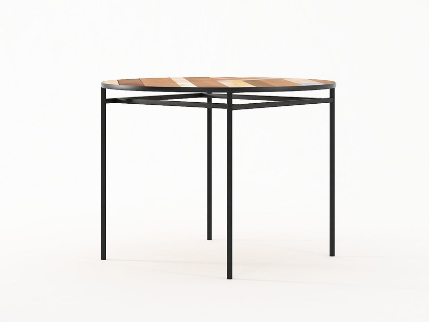 Round dining table PLANKE | Round table by KARPENTER