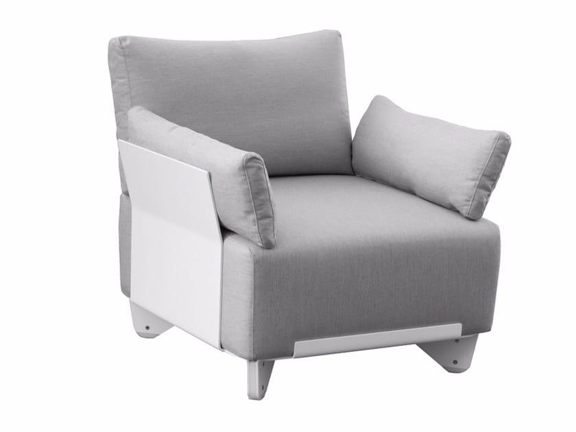 Sunbrella® garden armchair with armrests PLECS SOFT | Garden armchair with armrests by calma
