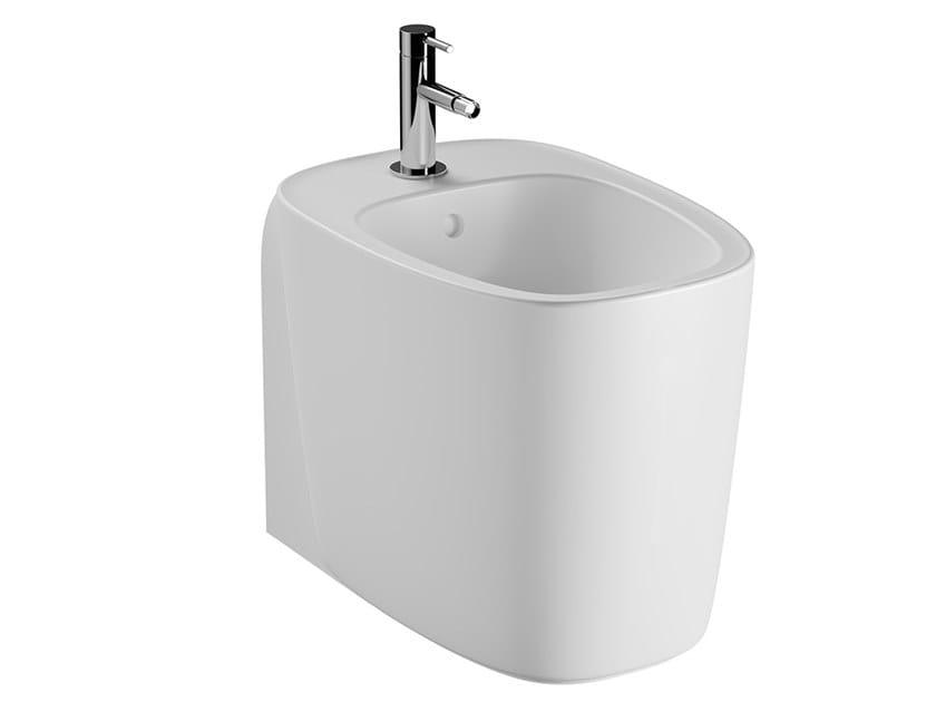 Floor mounted ceramic bidet PLURAL | Floor mounted bidet by VitrA Bathrooms