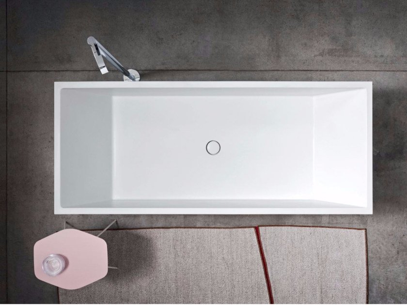 Freestanding rectangular Corian® bathtub POOL by Nic Design