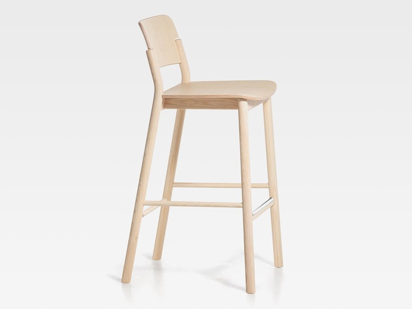 Wooden barstool with footrest POP | Wooden stool by SIPA