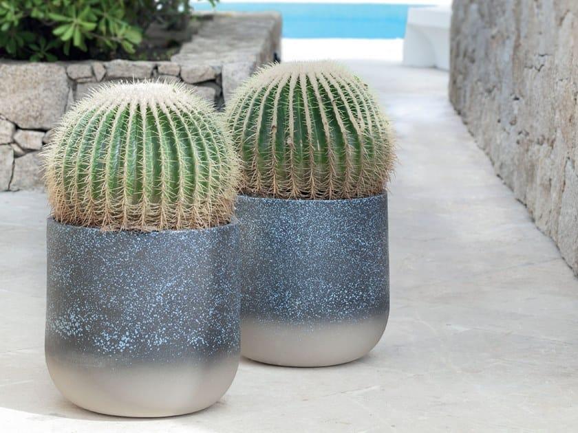 Ceramic vase PORTO CERVO by Pot à Porter