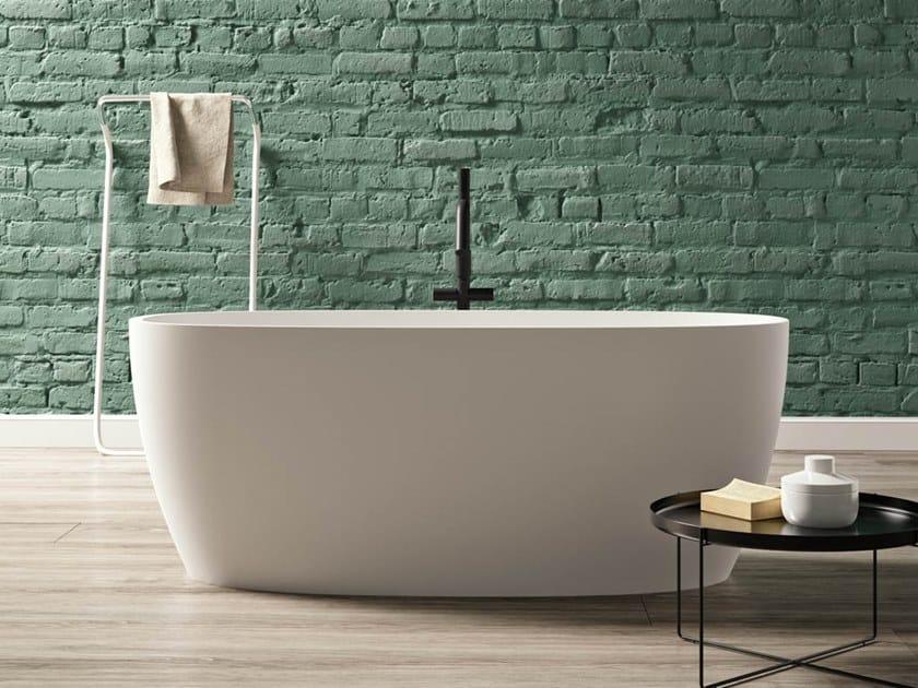 Vasca da bagno centro stanza ovale in Kstone PORTOFINO by Karol
