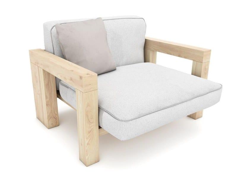 Poltrona da giardino con braccioli in legno e tessuto POSEIDON   Poltrona da giardino by Zuri Design