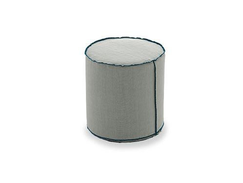 Upholstered fabric pouf Pouf by Arcom
