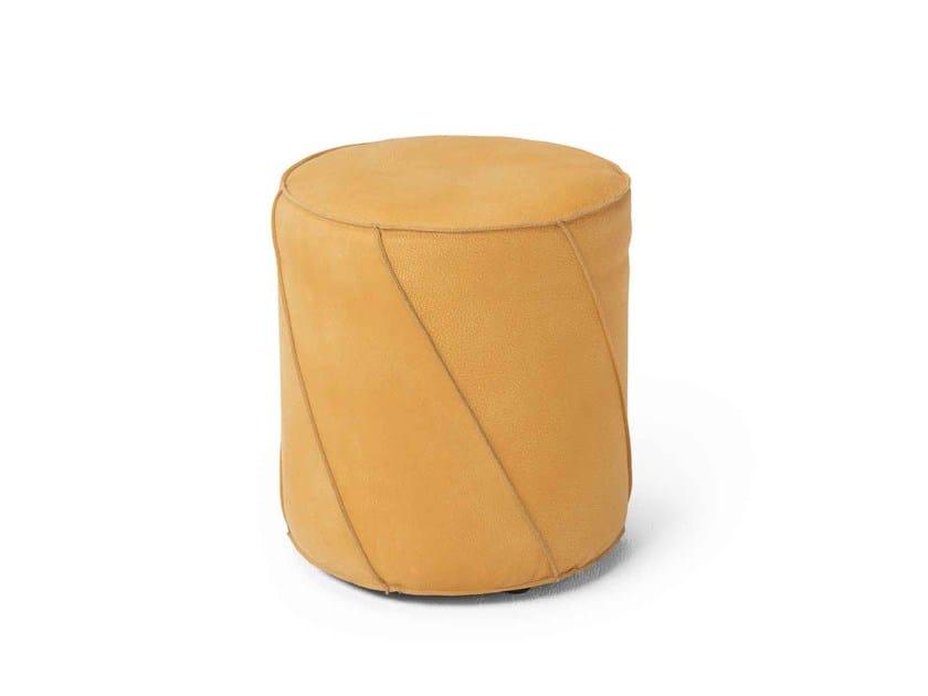 Round pouf Pouf by Dienne Salotti