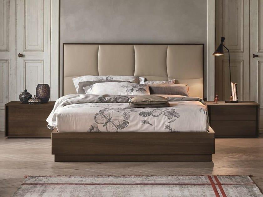Oak double bed with high headboard PRESTIGE   Oak bed by Gruppo Tomasella