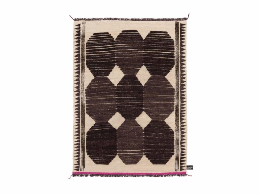Handmade custom rug PRIMITIVE WEAVE 3 by cc-tapis