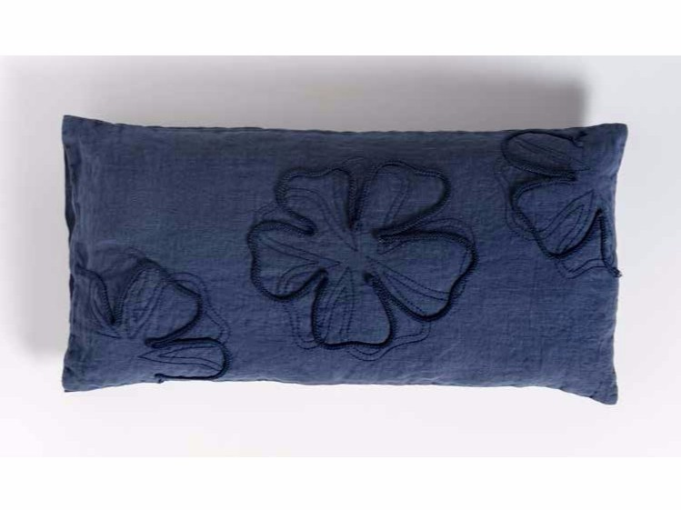 Rectangular hand embroidered linen cushion QUADRIFOGLIO | Rectangular cushion by LA FABBRICA DEL LINO