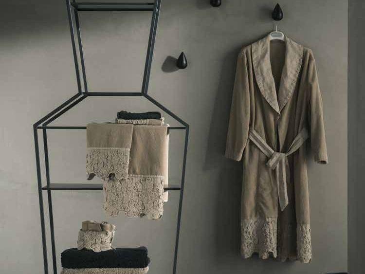 Linen bathrobe PRIMULA | Bathrobe by LA FABBRICA DEL LINO