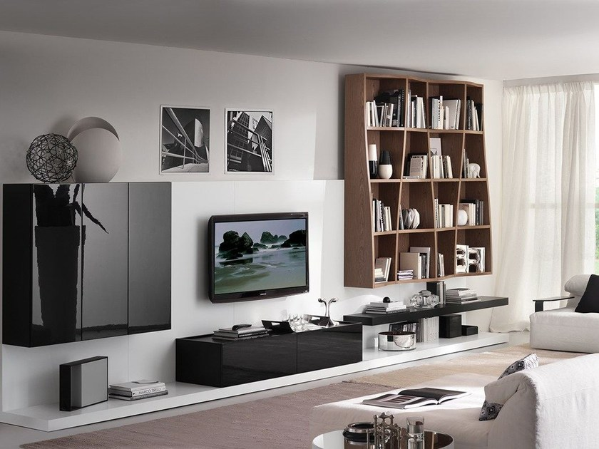 Wall-mounted lacquered storage wall LALTROGIORNO 805 by TUMIDEI