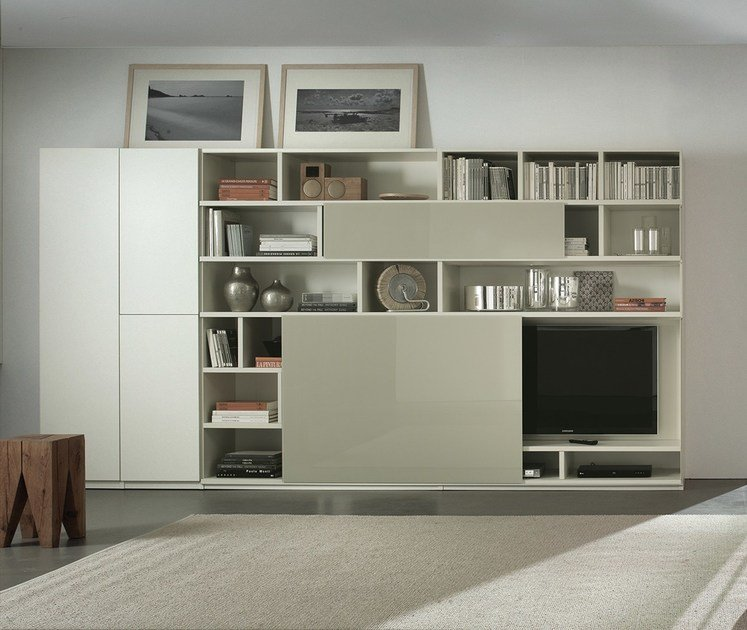 Lacquered TV wall system LALTROGIORNO 862 by TUMIDEI