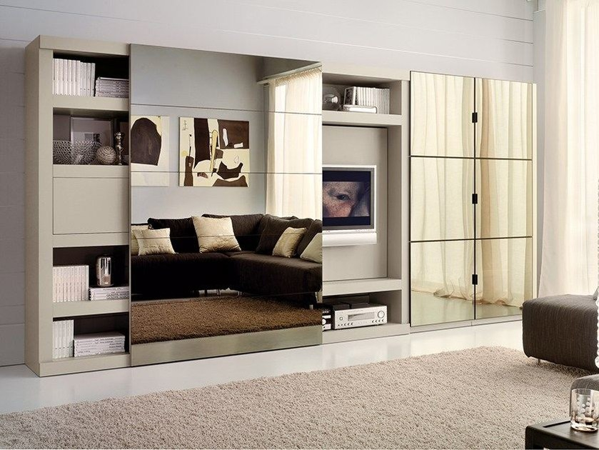 Wall-mounted lacquered TV wall system LALTROGIORNO 869 by TUMIDEI