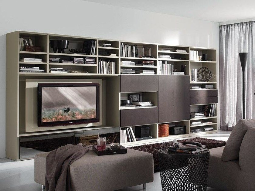 Wall-mounted lacquered TV wall system LALTROGIORNO 875 by TUMIDEI