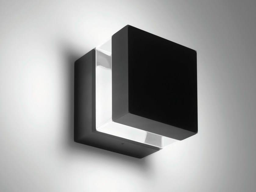 LED wall lamp TETRAGONO | Wall lamp by Artemide