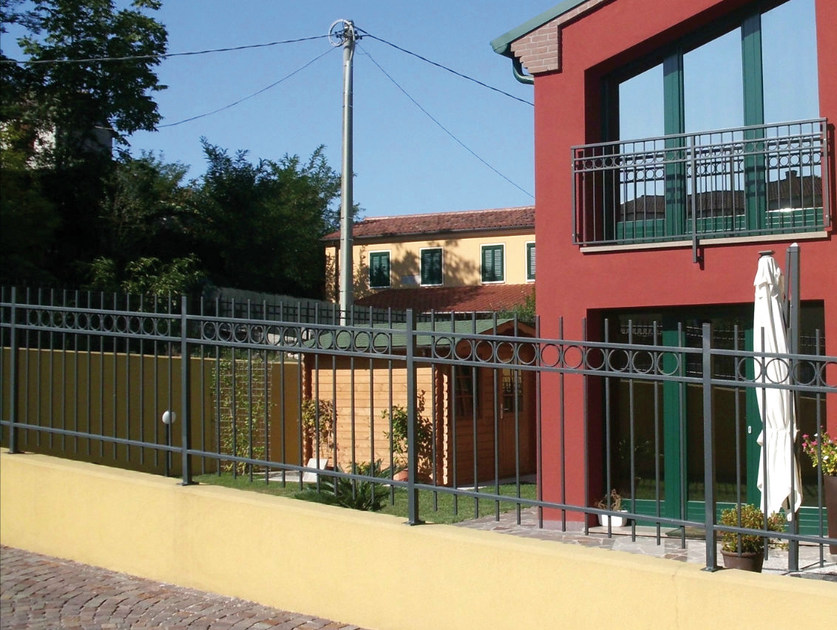 Bar modular iron Fence CERCHIO IN QUADRO by CMC