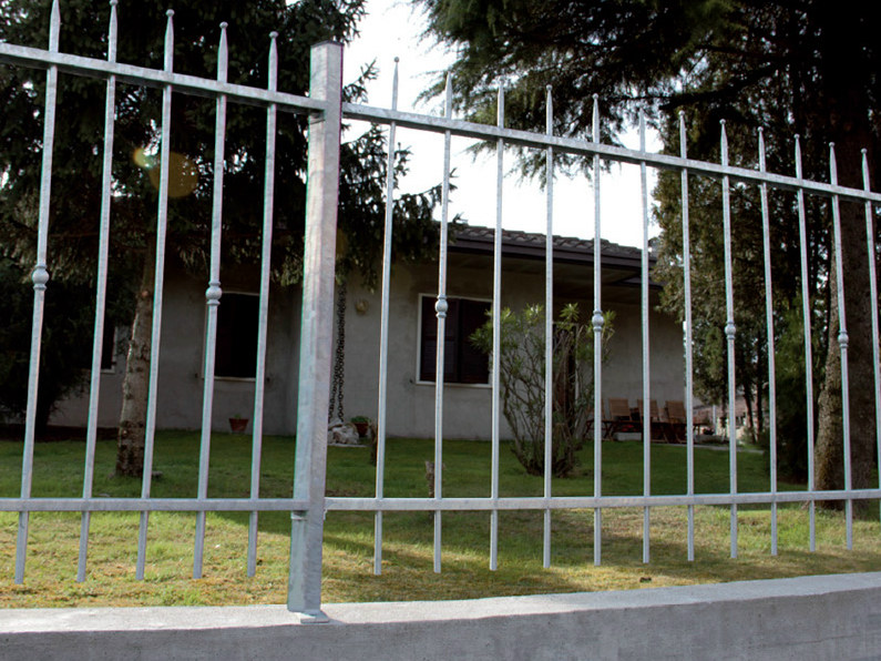 Bar modular iron Fence CARAMELLA by CMC