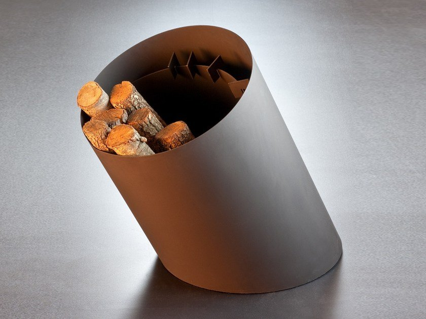 Steel Log holder KYLINDROFOCUS by Focus creation