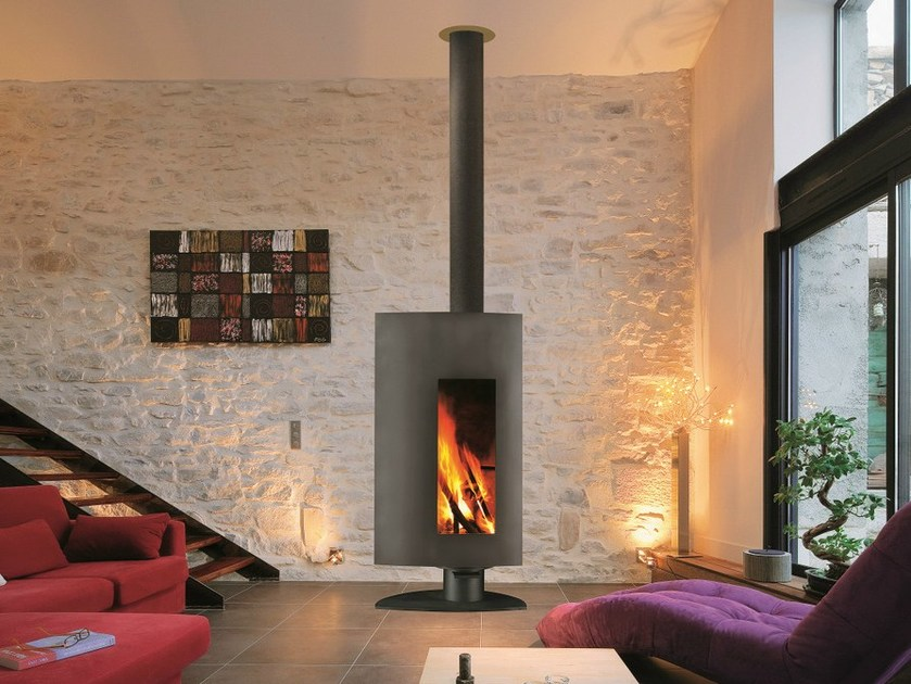 Wood-burning fireplace with panoramic glass STOFOCUS by Focus creation
