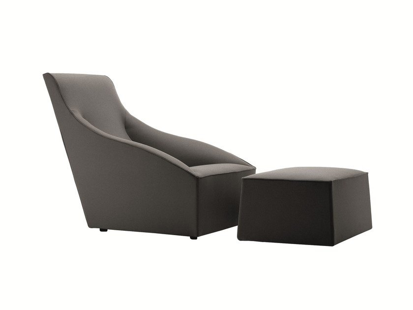 Upholstered fabric armchair DODA | Armchair by Molteni&C