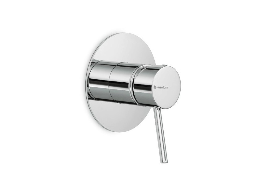 Single handle 1 hole shower mixer with plate X-TREND | 1 hole shower mixer by newform