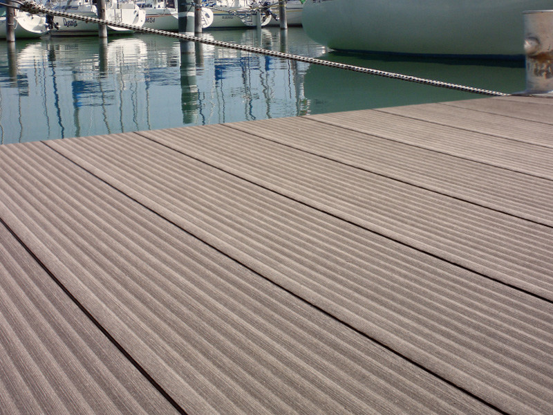 Wooden and PVC decking TERRACE MASSIVE   Decking by Twinson