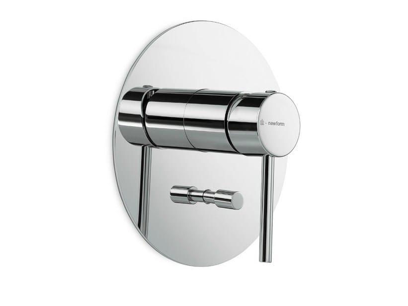 Wall-mounted single handle bathtub mixer with plate XT | Bathtub mixer by newform