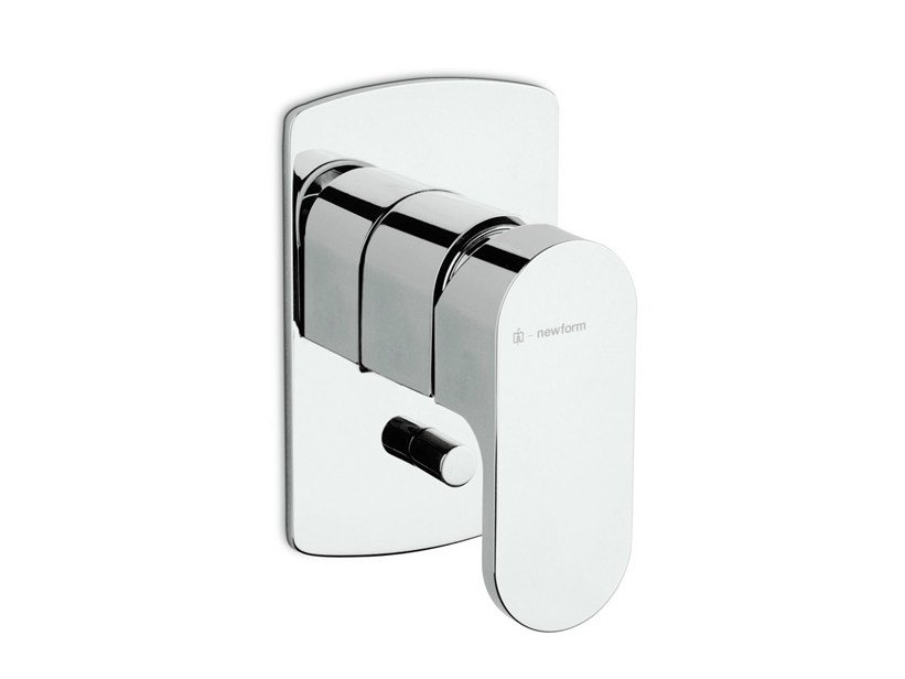 Wall-mounted single handle bathtub mixer with plate X-LIGHT   Bathtub mixer by newform