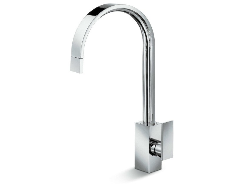 Kitchen mixer tap with swivel spout with pull out spray D-RECT KITCHEN | Kitchen mixer tap by newform