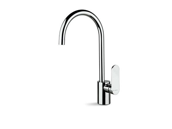Countertop kitchen mixer tap with swivel spout X-LIGHT KITCHEN | Kitchen mixer tap by newform