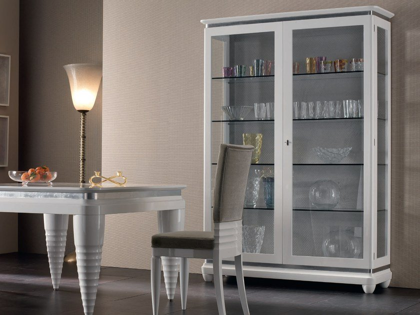 Lacquered solid wood display cabinet ELETTRA DAY | Lacquered display cabinet by Cantiero